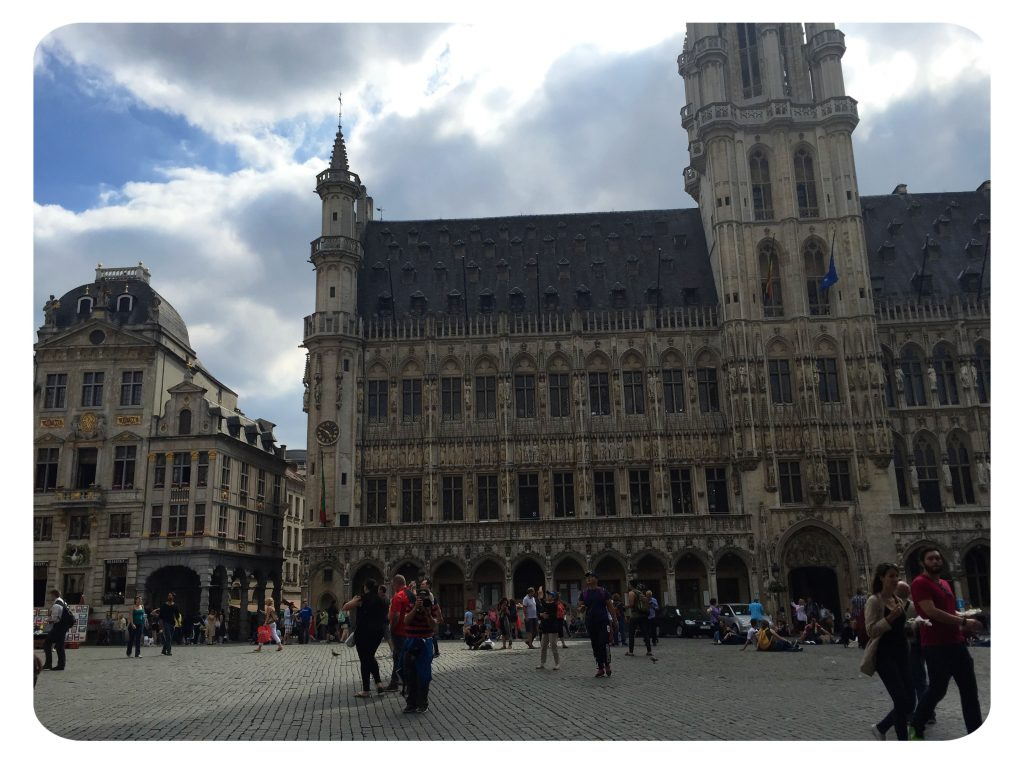 Grand-Place-Picture-Taker