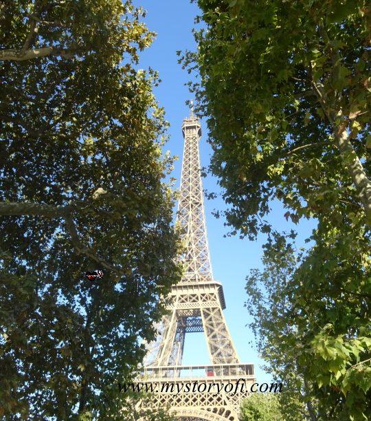 weekend in Paris Eiffel Tower